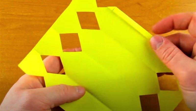 вырезанная бумага