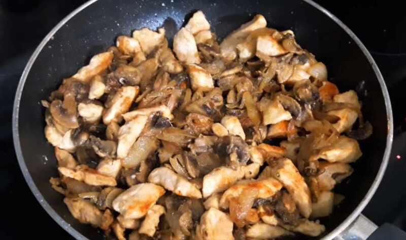 грибы с курицей