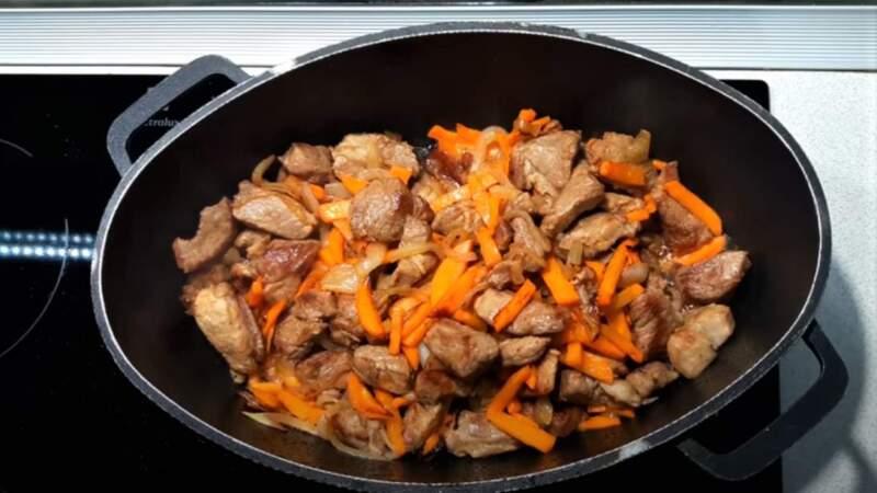 мясо и морковь