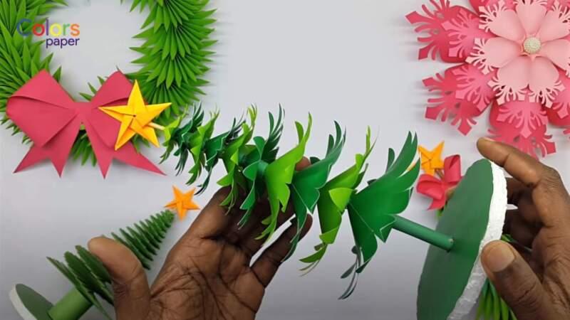 елки из бумаги на палочках