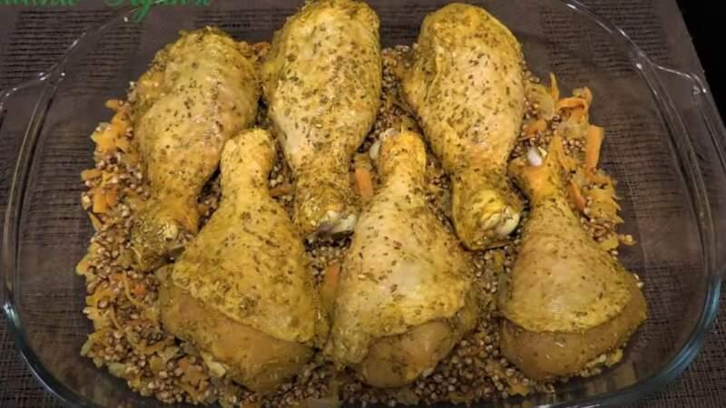 курица и гречка в форме