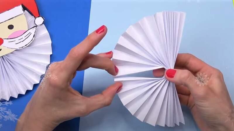 склеивание бумажной гармошки