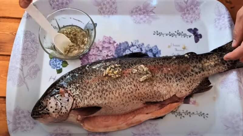соус на рыбе