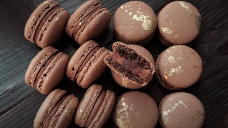 макаруны шоколадные