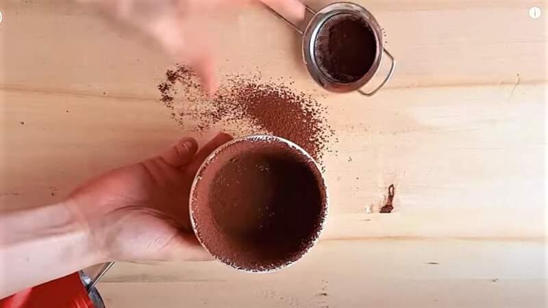 какао на стенках формы