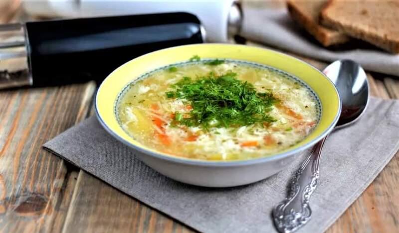 суп с яйцом и вермишелью