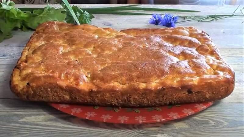 заливной пирог с фаршем и рисом